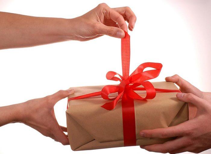 Удивить девушку необычным подарком 76